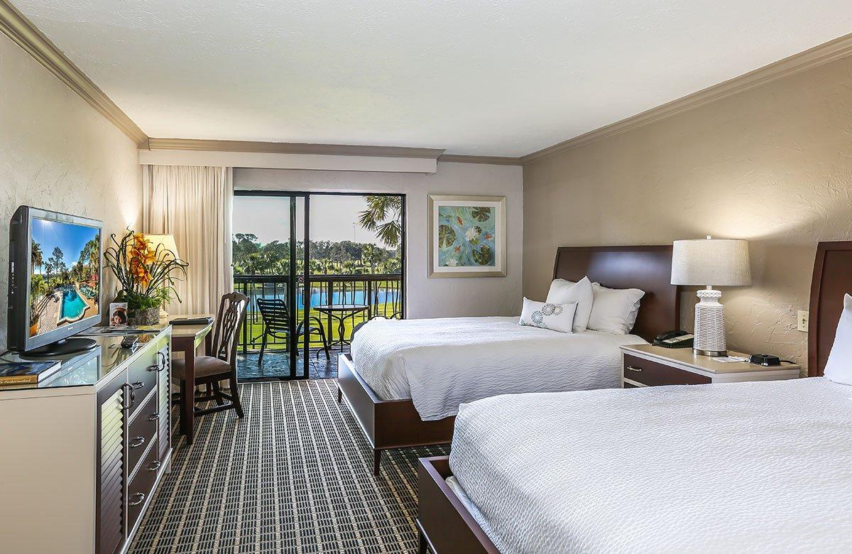 Deluxe Hotel Rooms